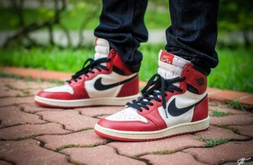 7+1 MOST ICONIC SNEAKERS OF ALL TIME